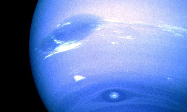 2-02_Neptune_storms