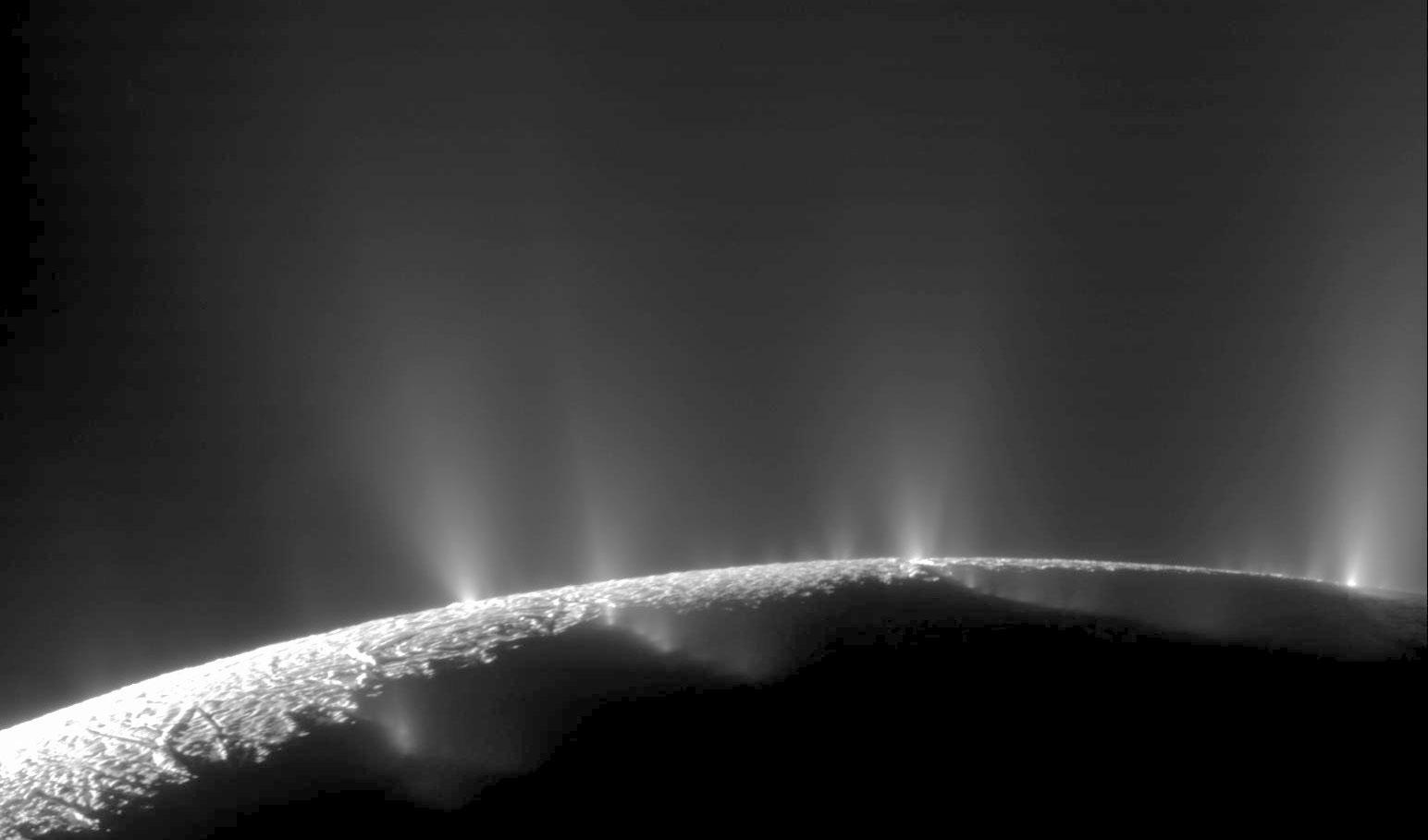 2-02_enceladus_g