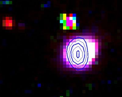 Einer der »Super-Planetarischen Nebel« in der Kleinen Magellanschen Wolke, JD04: Als RGB-Bild sind (jeweils nach Abzug des Kontinuums) Filteraufnahmen in H-Alpha, [S II] und [O III] dargestellt, als Konturlinien darüber Radiostrahlung bei 1,4 GHz. [Filipovic et al.]