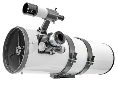 """Ein »schneller« 8""""-Newton gehört zu den neuen Modellen der Baureihe »Messier« von Bresser..."""
