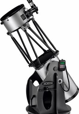 Das Orion XX14i Teleskop kann Objekte am Sternhimmel identifizieren.