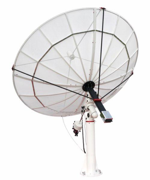 Die 2,3m-Parabolantenne besteht aus einem leichten Aluminium-Netzgewebe und kann von einer EQ-6-Montierung getragen werden. [PrimaLuceLab]