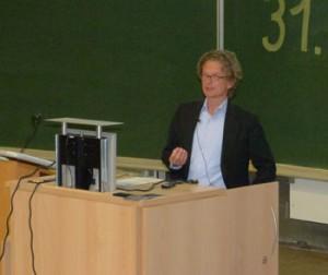 Heiko Wilkens bei seinem Vortrag auf der BoHeTa. [Manfred Holl]