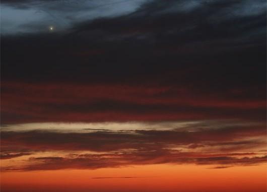 Venus strahlt zurzeit am Abendhimmel. Die Aufnahme zeigt den Planeten zu Beginn der abendlichen Beobachtungsperiode im September vergangenen Jahres. [Mario Weigand]