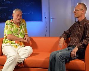 interstellarum Sternstunde-Moderator Paul Hombach im Gespräch mit Kudritzki. [Daniel Fischer]