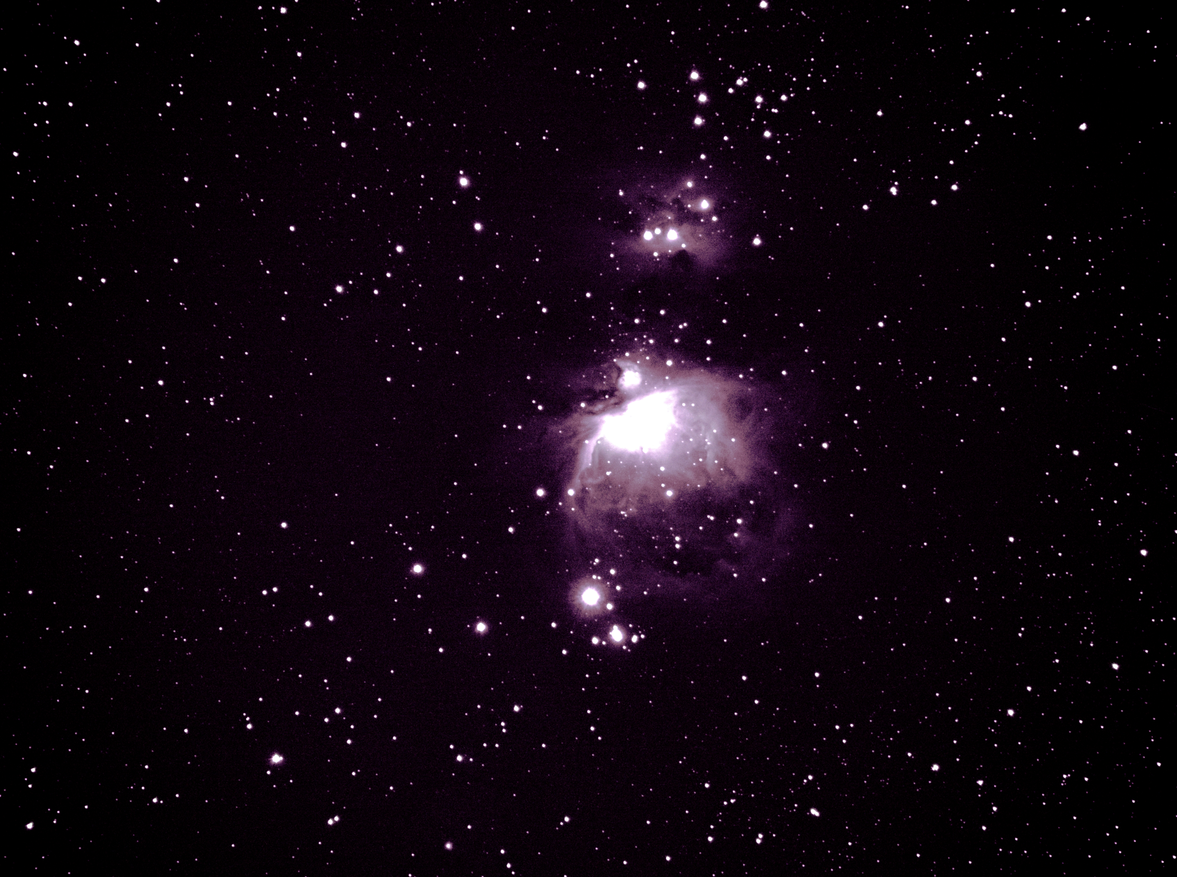 M42_stack_red