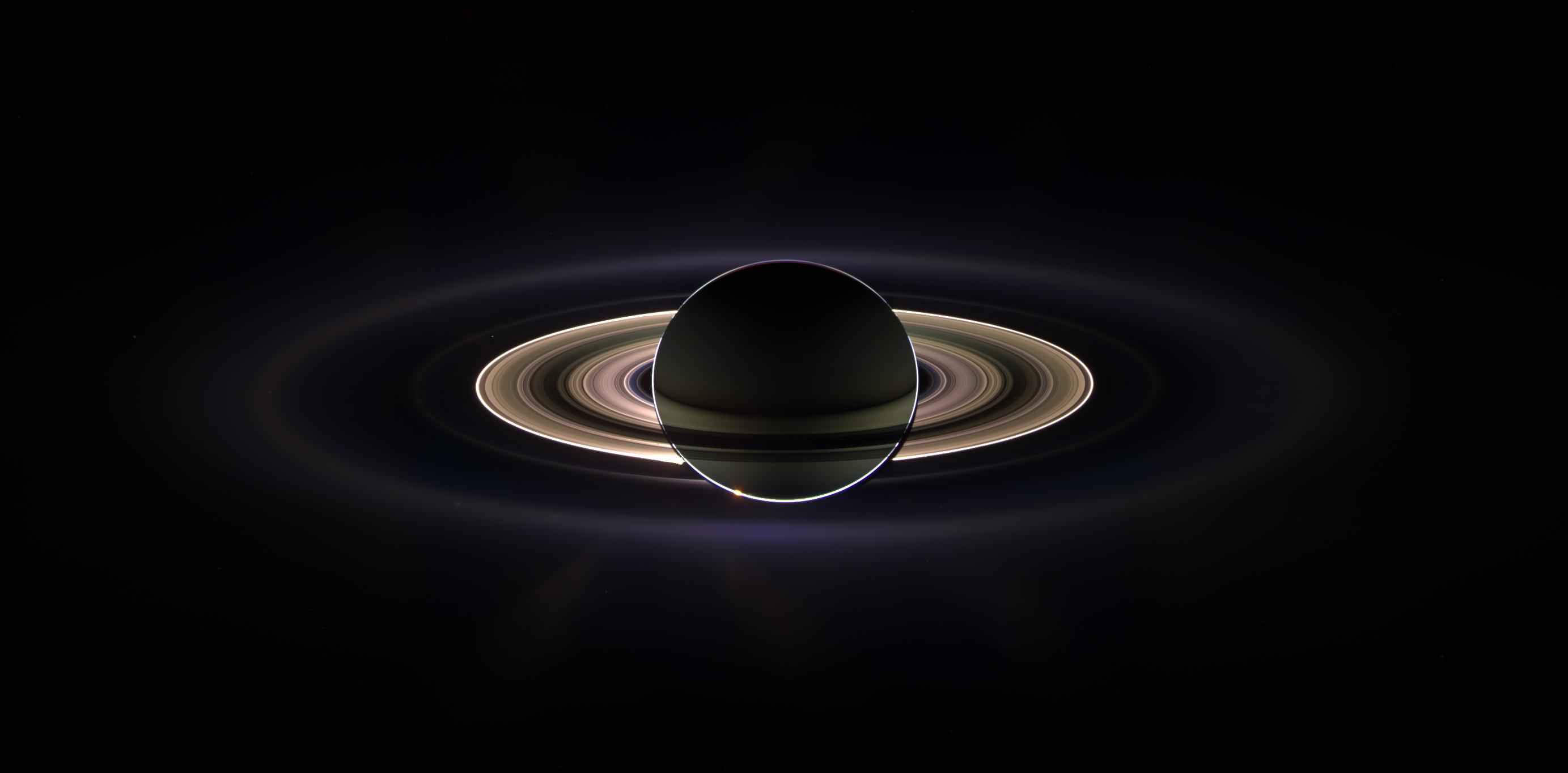 Saturn_eclipse