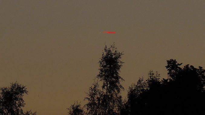 Venus in der hellen Abenddämmerung am 18.7.2016 [P. Hombach]