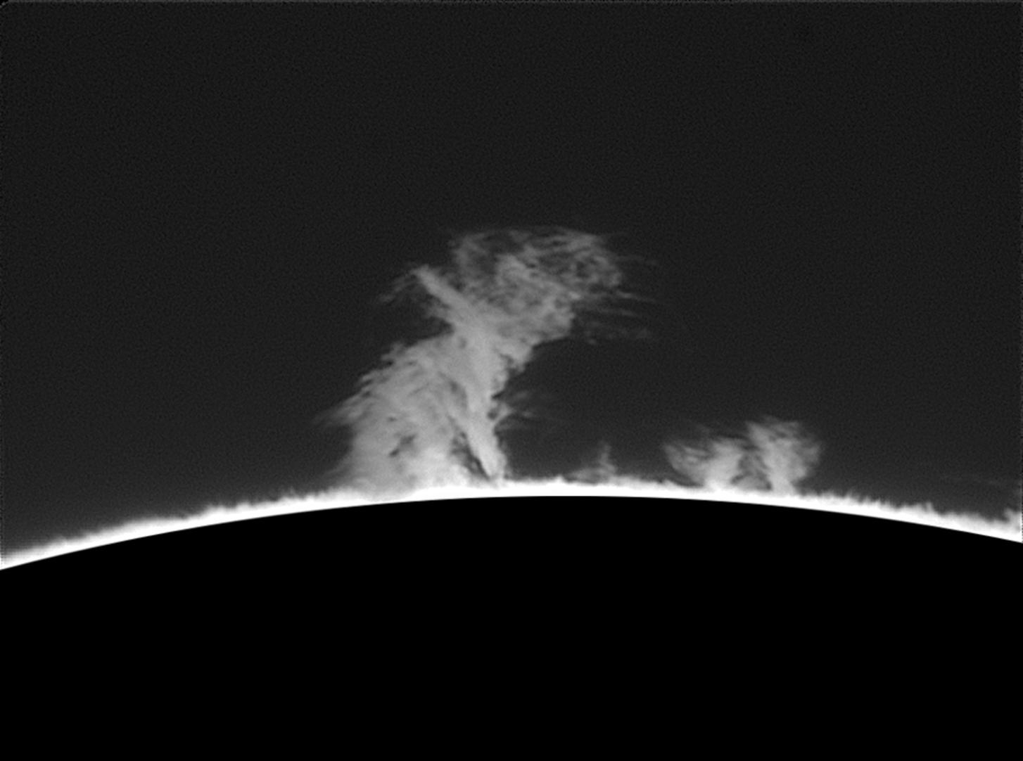 Protuberanze 11 September 2016  08h 44m UT