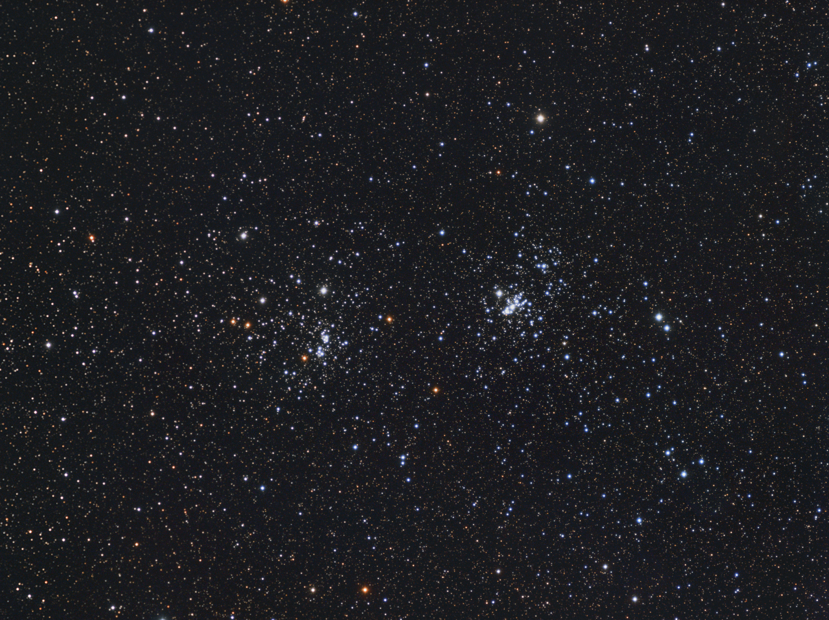 NGC869NGC884