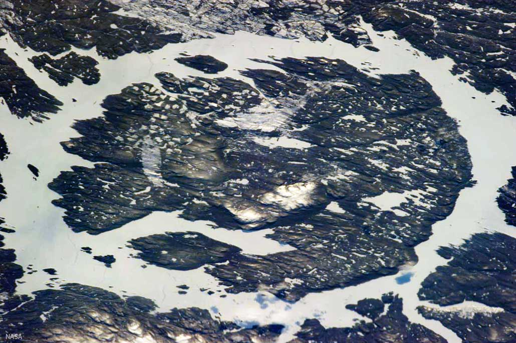 manicouagan-krater-cnasa