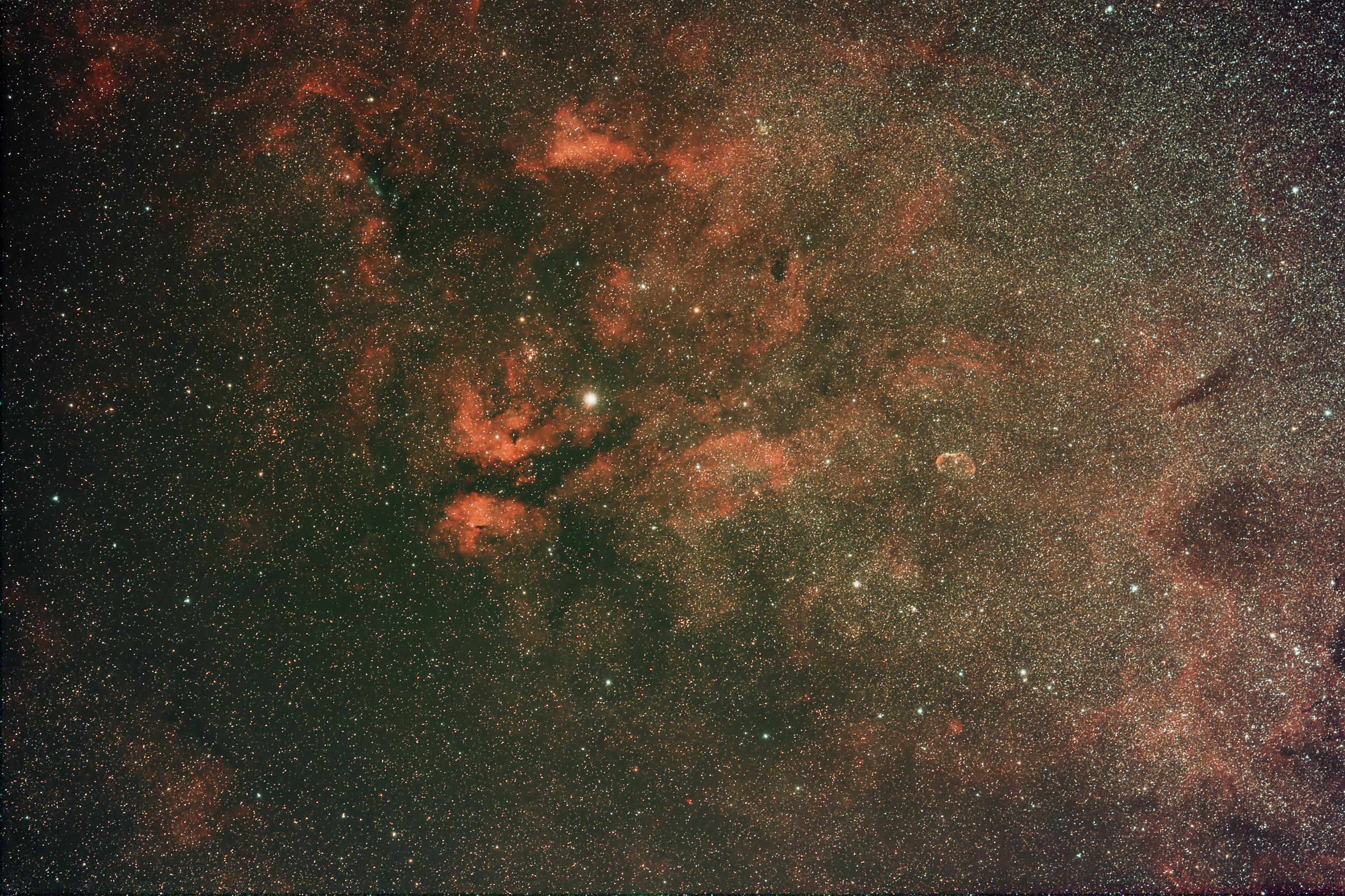 nebel-um-gamma-cygni22-08-1712b
