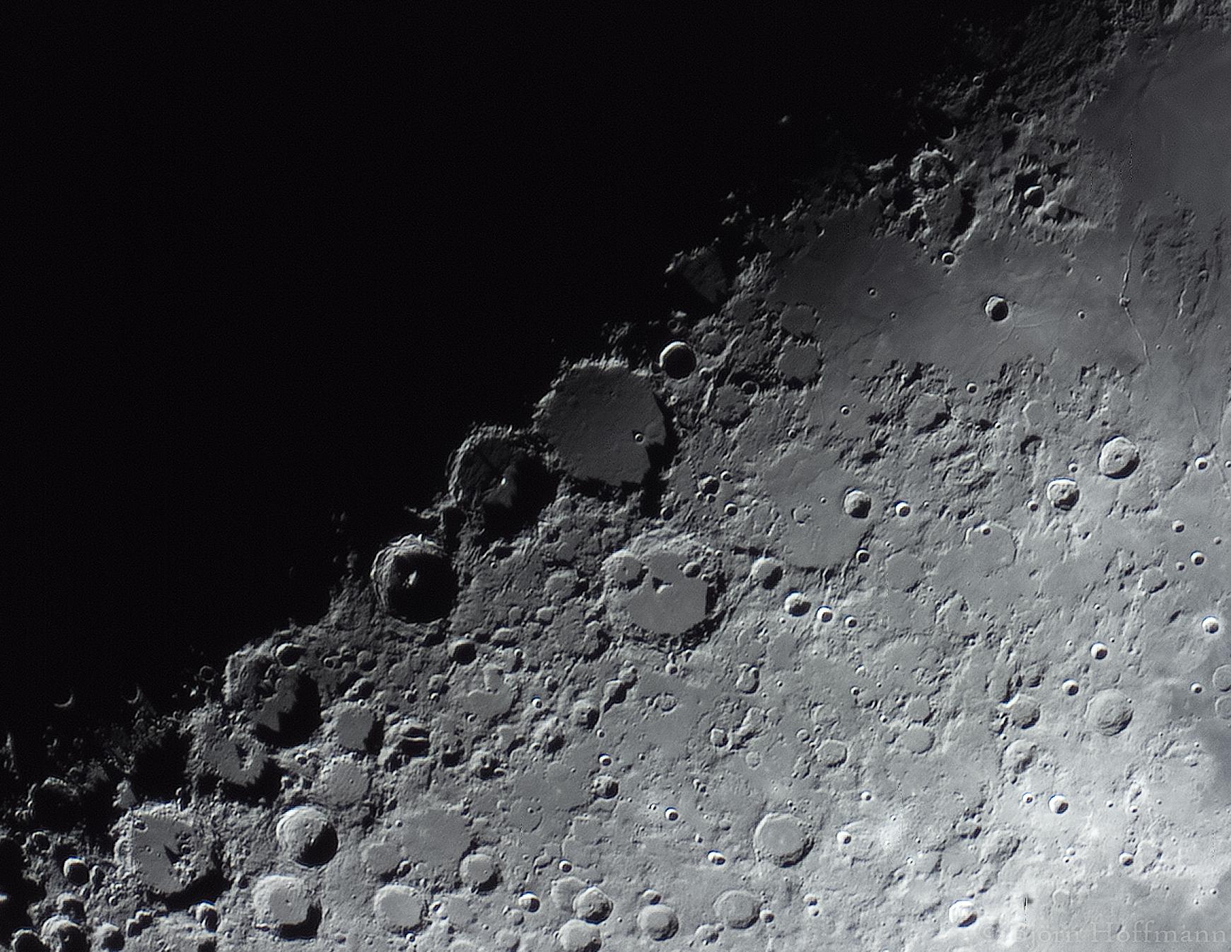 moon_hqlinear_gain300_exposure4-10pro-1
