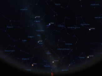 Blick an den Augusthimmel am 1.8.2018 um 23:00 MESZ.