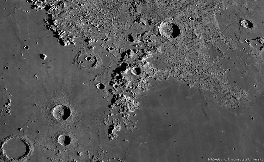 Montes-Caucasus-NASA-Spix-01