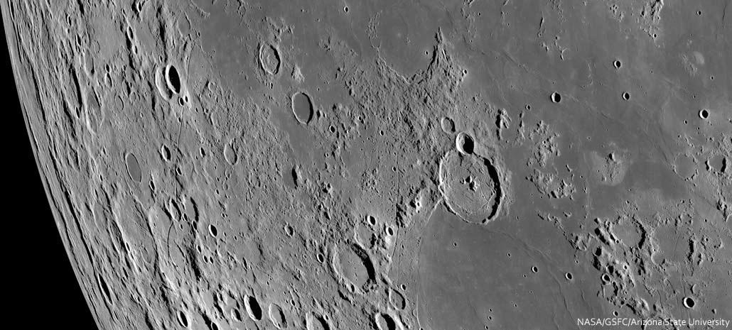 Rimae-Sirsalis-NASA-Spix-01