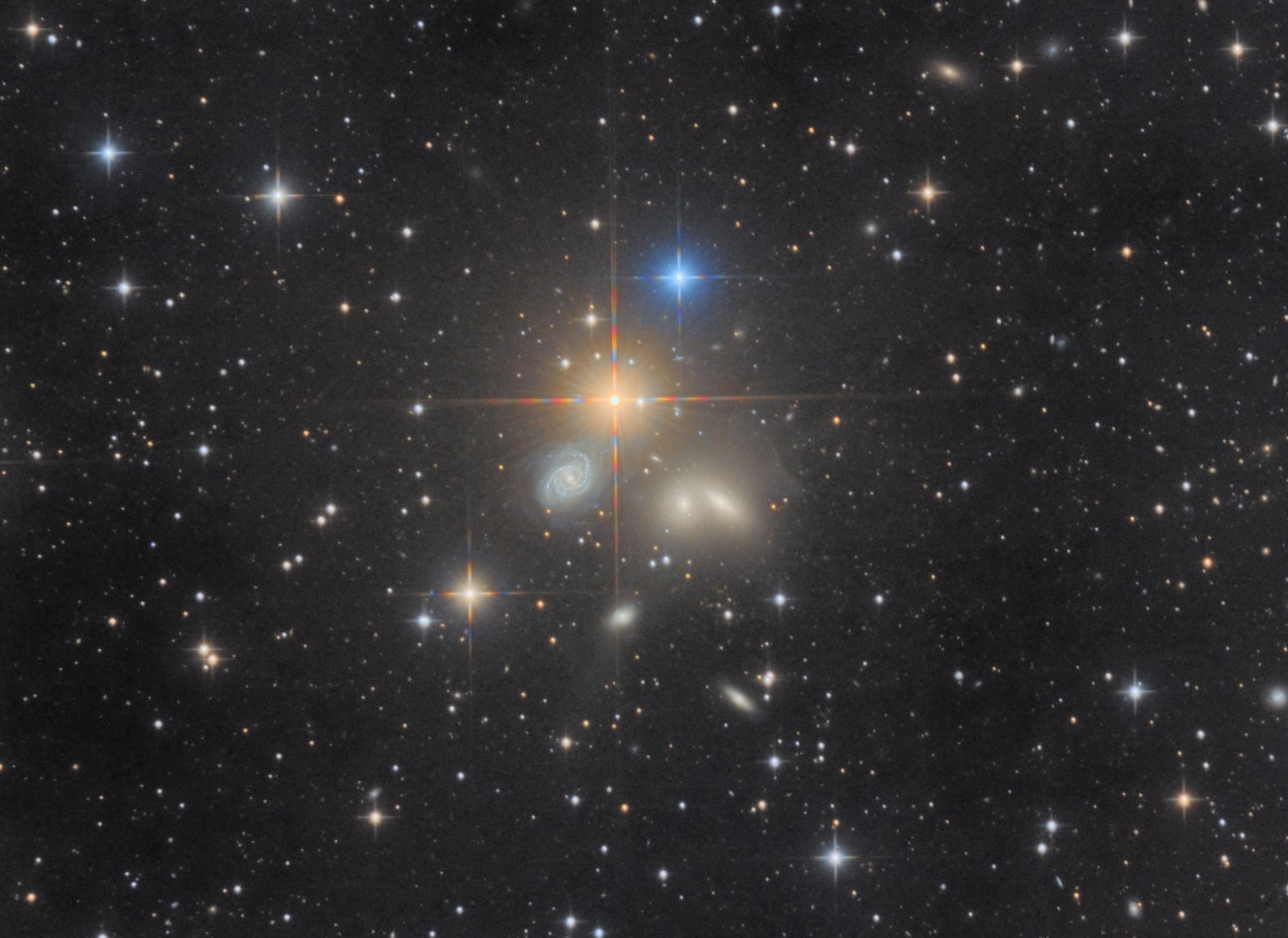 NGC 5350 und Umgebung